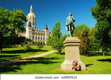 Hartford, CT, USA May 27, 2008 A statue of Israel Putnam, an officer in the American Revolution, stands at the Connecticut State Capitol n Hartford