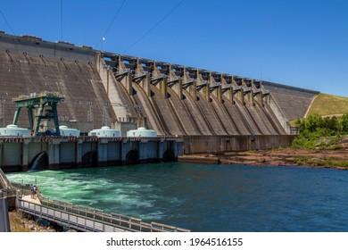 Hartwell Georgia USA 04 25 2021 lake Hartwell hydro dam power plant