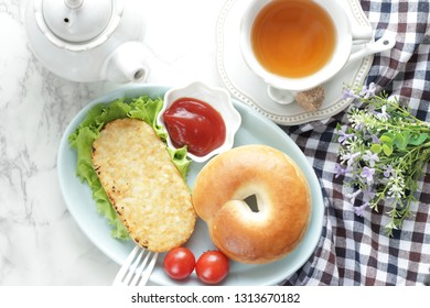 Hash brown and bagel
