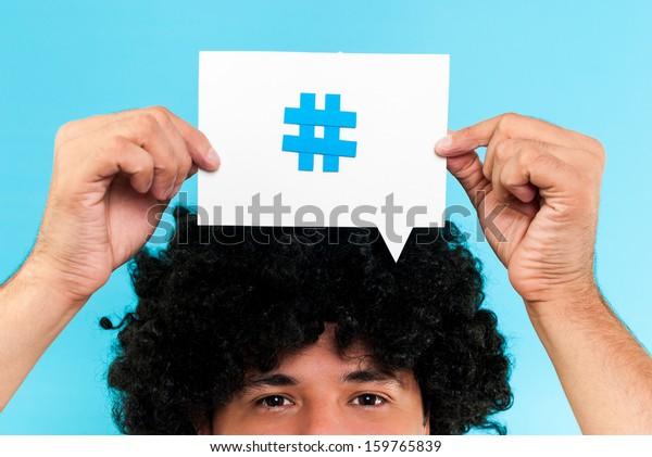Hashtag pour suivre le concept