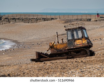 HASTINGS, EAST SUSSEX/UK - NOVEMBER 06 : Bulldozer on the  Beach in Hastings East Sussex on November 06, 2016