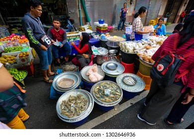 Hat Yai, Thailand – January 5, 2019: People shopping in Kim Yong fresh market at Hat Yai, Song Khla street.