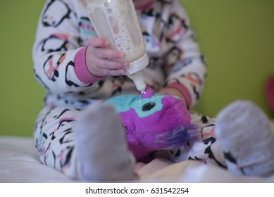 hatching toy with bottle