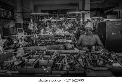 Havana Cuba, August 10, 2019. Poor workers are currently working in old buildings and warehouses of rusty and second-hand objects to survive day by day in a Cuba dominated by the Castro dictatorship.