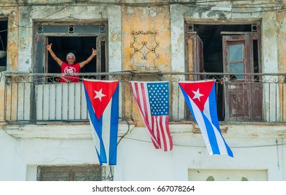 HAVANA - MAR 20 2016 - Cuban people reacts positively to president Obama precense in Cuba. Obama visits the island on an attempt to warm the relations beween Cuba and US broken from 1961.