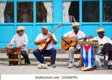 HAVANA-FEBRUARY 05:Street musicians in the old town February 05,2015 in Havana. Cuban music and culture attracts more than 2 million tourists every year