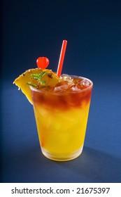 hawaiian mai tai cocktail