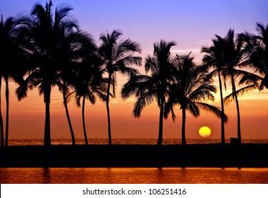 Hawaiian Sunset on Big Island Anaehoomalu Bay