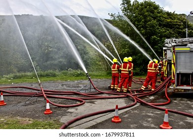 HAWICK, SCOTTISH BORDERS,SCOTLAND-29TH JUNE 2011.Firefighters carrying out multi-pump training .