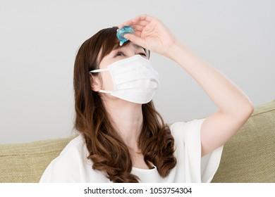 Hay fever women, eye drops, masks