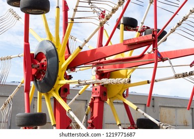 Hay tedder for agriculture