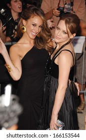 Haylie Duff, Hilary Duff at MATERIAL GIRLS Premiere, Chelsea West Cinemas, New York, NY, August 14, 2006