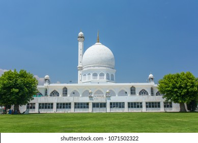 Hazratbal shrine in Srinagar, Jammu & Kashmir, India. It is considered to be Kashmir's holiest Muslim shrine.