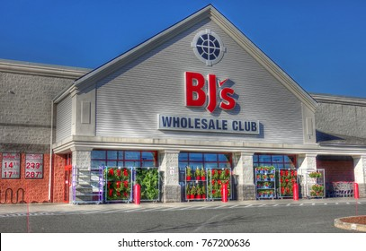 HDR image, BJs wholesale club membership retail storefront - Revere, Massachusetts USA - November 23, 2017