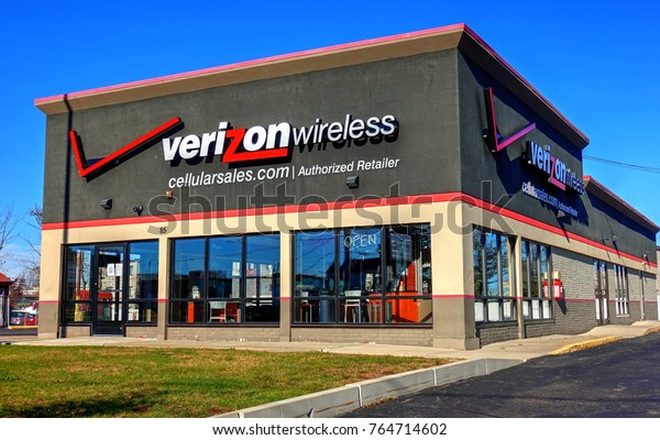 Hdr Image Verizon Wireless Cellular Retail Stock Photo Edit