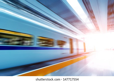 he train stopped at the station