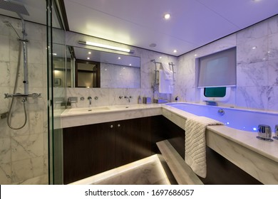 Head of a guest cabin in a classic motor yacht