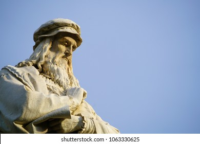 Head of the statue of Leonardo da Vinci in Milano