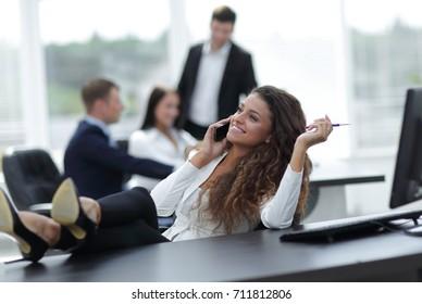head woman talking on the smartphone