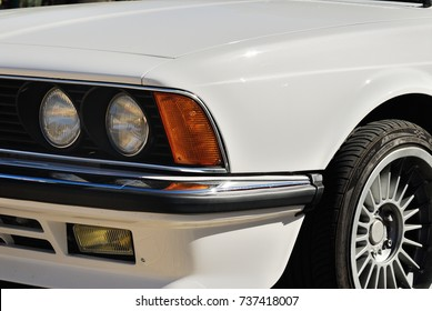 Headlight detail. Euro sport coupe. Bmw 635 csi