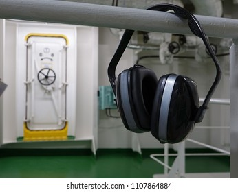 headphones for noise reduction