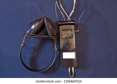 Headphones used for simultaneous translation equipment simultaneous interpretation equipment