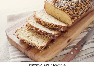 healthy almond bread, Keto, ketogenic diet, paleo, low carb fat