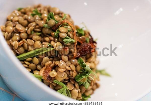 healthy bowl of lentil salad