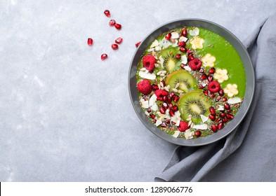 Imágenes, fotos de stock y vectores sobre Green Smoothie