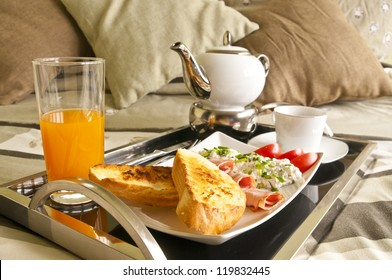 Healthy breakfast served to bed 2