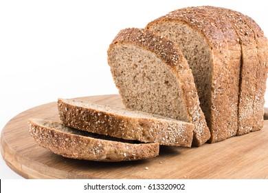 Gesundes Chrono-Brot einzeln auf weißem Hintergrund