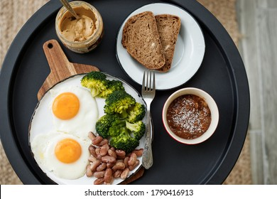 healthy eating eggs with legumes and broccoli
