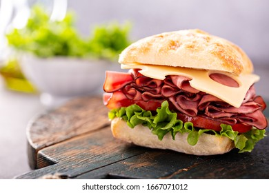 Healthy and filling roastbeef sandwich with swiss cheese and thousand island sauce