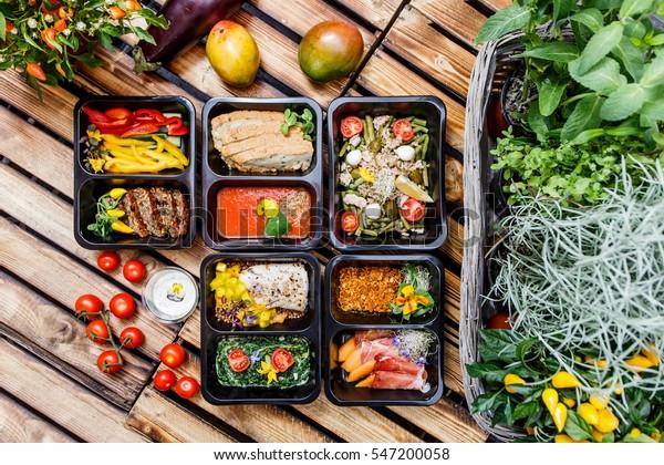 consegna della preparazione del pasto per la perdita di peso