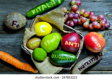 healthy food - natural antioxidants: fruits and vegetables