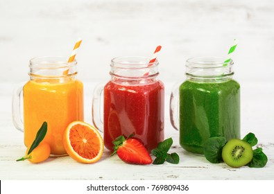Healthy fruit and vegetable smoothies