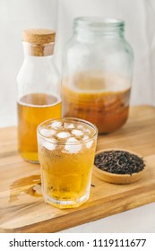 Healthy homemade fermented raw kombucha tea, with natural probiotic characteristics.