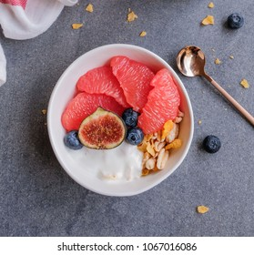 Healthy morning breakfast / Grapefruit Muesli Bowl / For people who is on diet and weight watcher, healthy and delicious