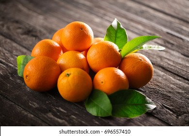 Healthy orange fruits background many orange fruits - orange fruit background