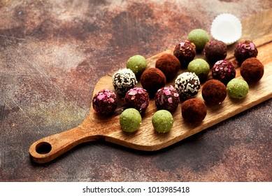 Healthy raw energy balls. Vegan chocolate truffles.
