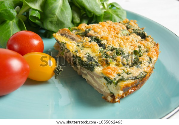 Healthy spinach and mushroom fritata