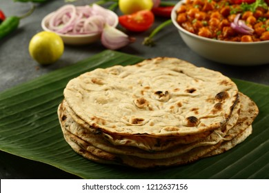 Healthy vegan food - Indian tandoori pulka or phulka, whole wheat flat bread