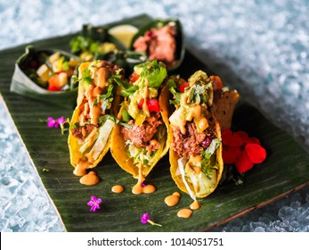 This image has an empty alt attribute; its file name is healthy-vegan-jackfruit-tacos-260nw-1014051751.jpg