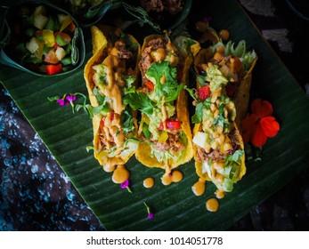 healthy vegan jackfruit tacos