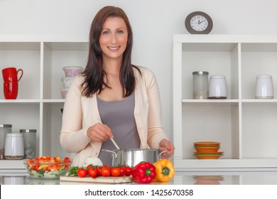 healthy vegetarian lifestyle cooking feale