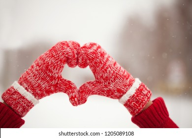 Heart of mittens