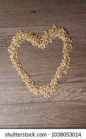 heart with oatmeal on the table
