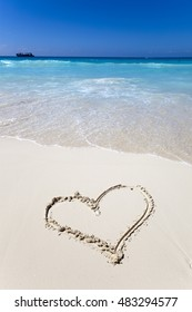 heart- a picture on sand