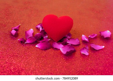Heart Red love card of Happy Valentine's Day