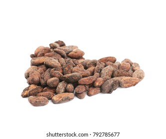 Heart shape made of cocoa beans isolated over the white background